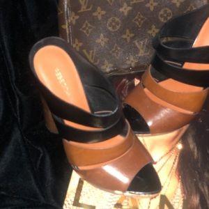 Rebecca Minkoff shoes size 8